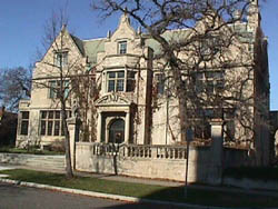 Photo of the front of the Pillsbury mansion, home of Blind Inc and the NFB of Minnesota.
